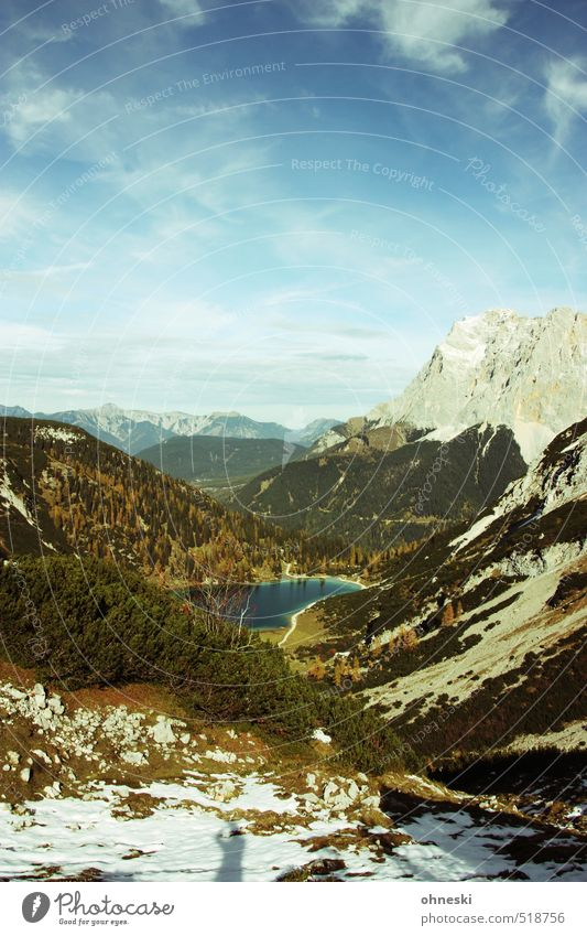Selbstporträt Himmel Natur Baum Landschaft Ferne Umwelt Berge u. Gebirge Herbst Freiheit See natürlich Felsen Horizont Idylle authentisch wandern