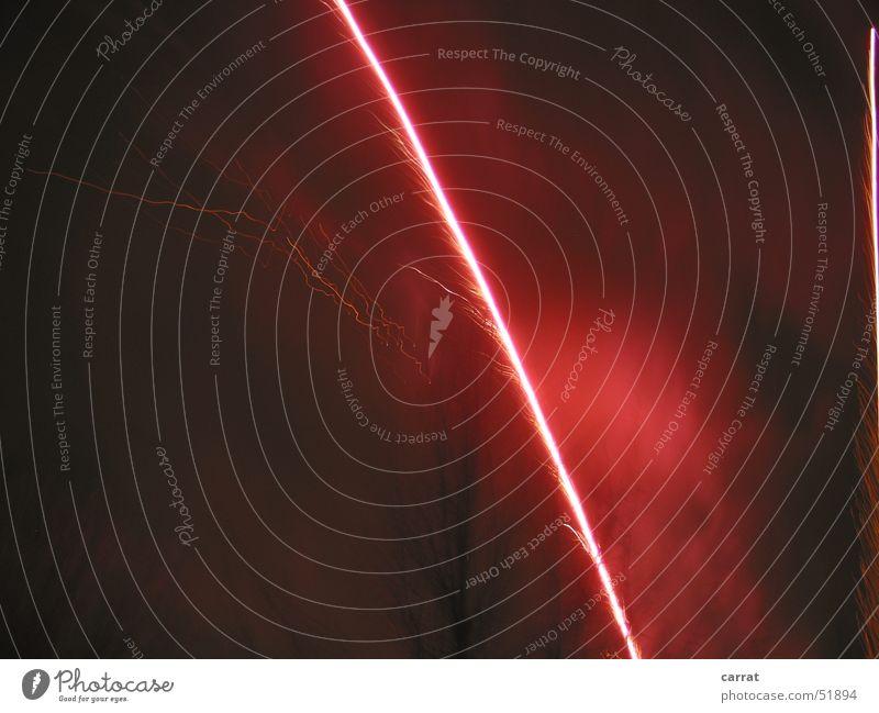 Ein Komet... rot Lampe Feste & Feiern Silvester u. Neujahr Feuerwerk Schwanz Mecklenburg-Vorpommern 2006 Kondensstreifen Kühlungsborn Leuchtrakete Signalpistole