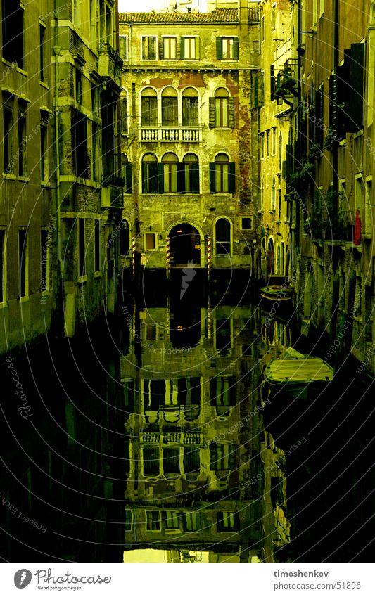 mirror to venice mirror venice dawning river outdoor shooting