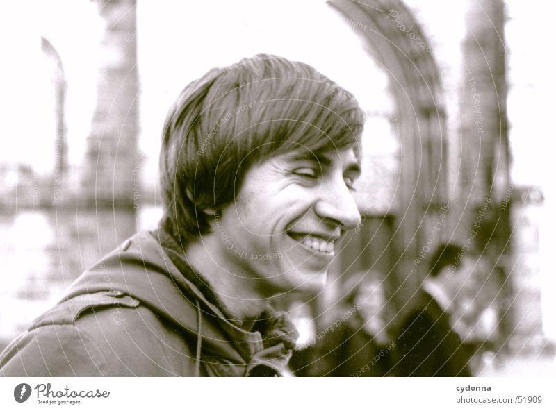 Der Lachende Mensch Mann Freude Gefühle Stil lachen Stimmung Fröhlichkeit Gesichtsausdruck Sympathie Ausgelassenheit Parka