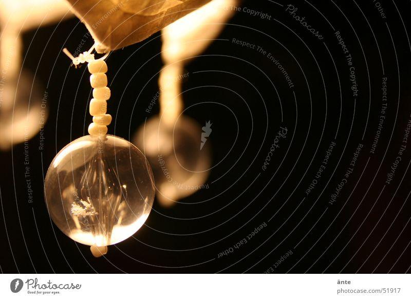 pearl Lampe dunkel Kunst Wohnung Glas Design Kugel Wohnzimmer Perle Kette gemütlich hängen sanft Murmel Kronleuchter