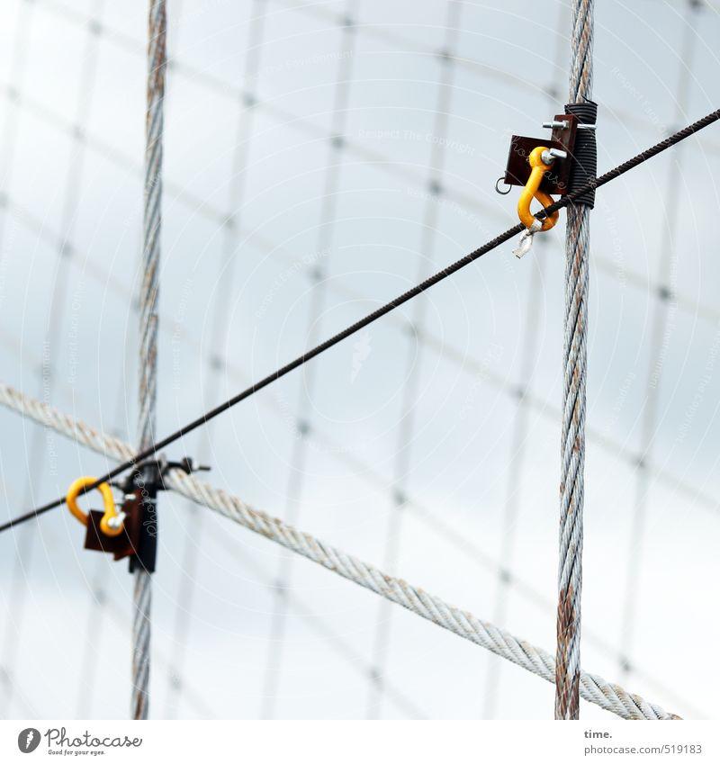workplace Stadt Ordnung Kommunizieren Technik & Technologie Brücke Sicherheit planen Schutz Baustelle Kabel dünn Gelassenheit Netz Zusammenhalt Stahlkabel