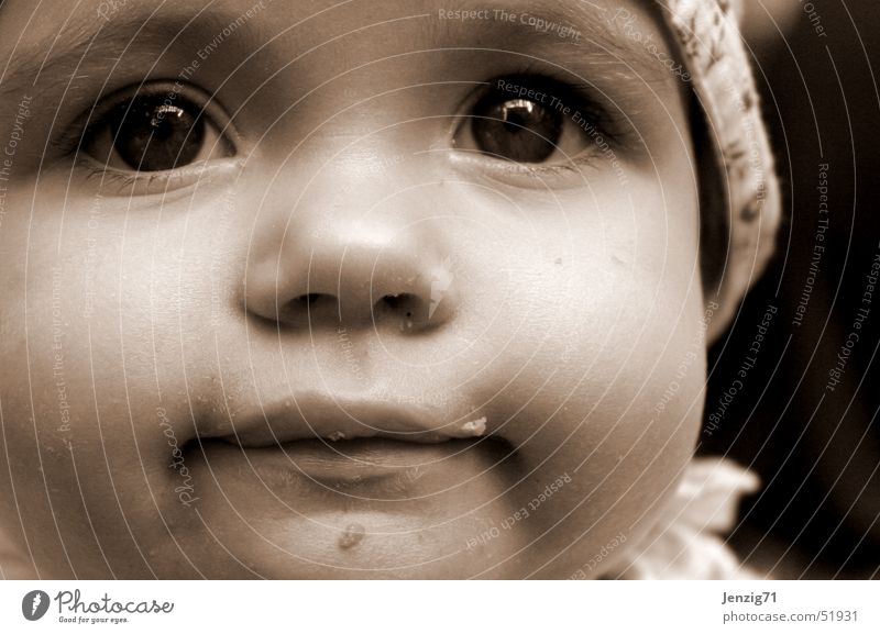 Hermine. Porträt Baby Kind Gesicht augen nase Mund