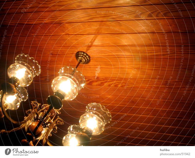 Oma's Kronleuchter Lampe Holz Holzdecke