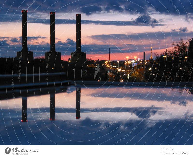 Blick aus meinem Dachfenster Berlin Architektur Stromkraftwerke Elektrizität Energie Funkturm