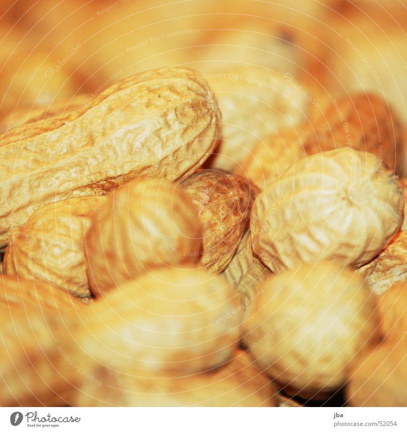 Erdnüsse Nuss gelb Ernährung Unschärfe spanische nüsse Erde Lebensmittel Makroaufnahme scharf-unscharf