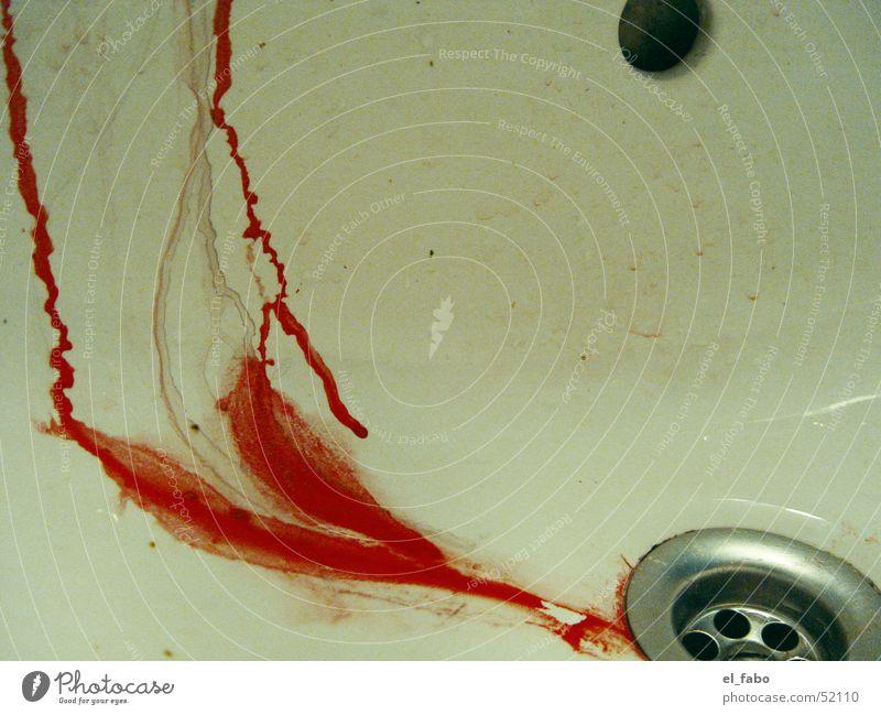 abFluss Farbe rot Blut Abfluss intensiv Waschbecken verletzen Rinnsal zerrinnen verrinnen