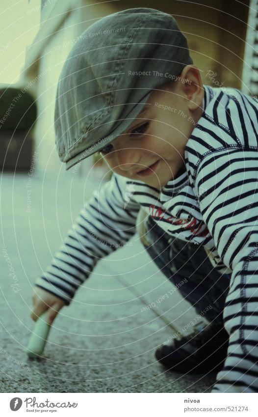 terrassenmalerei Freizeit & Hobby Kind Mensch Junge Kopf 1 3-8 Jahre Kindheit Künstler Maler Kunstwerk Terrasse Garten Pullover Turnschuh Mütze Stein Linie