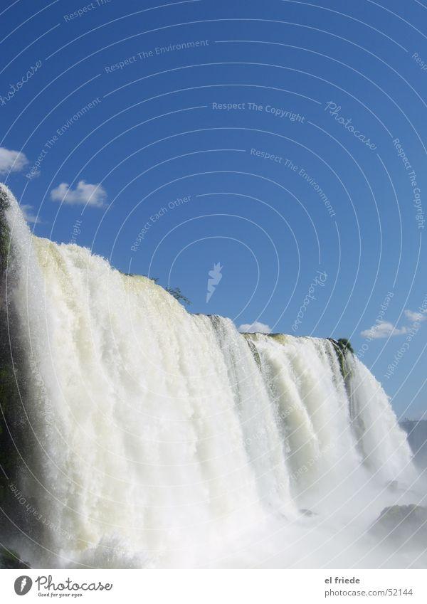 Weiss-Blau Natur Wasser Himmel weiß blau Ferien & Urlaub & Reisen Freiheit nass Frieden Schwimmen & Baden Wasserfall Regenbogen Brasilien laut Argentinien Wassermassen