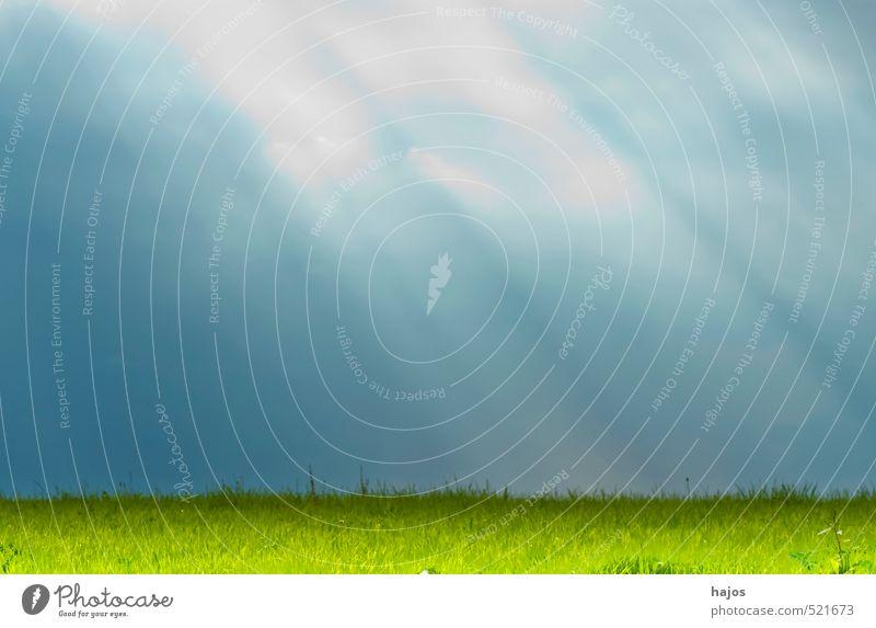 """Sonnenstrahlen Natur Landschaft Wolken Wetter Wiese grün Stimmung geheimnisvoll Idylle Strahlen Himmel mystisch Wolkendecke """"Sonne,"""" """"dunkel,"""" geheimnsivoll"""