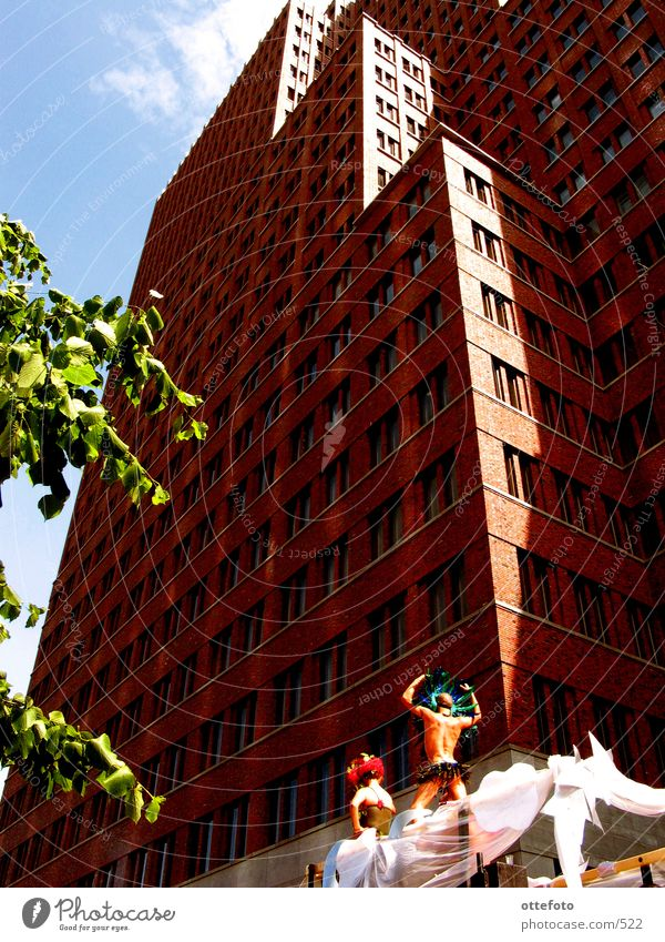 CSD Berlin 2002 Berlin Architektur Hochhaus Haus Feste & Feiern Potsdamer Platz Christopher Street Day