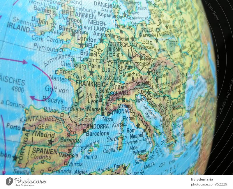 globe1 Meer Erde Deutschland Europa Italien Schweiz Kugel Globus Frankreich Spanien Skandinavien Landkarte Mittelmeer Bildausschnitt Österreich Anschnitt