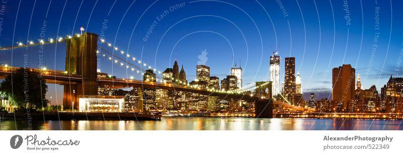 New York Brooklyn Bridge New York City Nordamerika Hauptstadt Skyline Gebäude Architektur Fernweh einzigartig Manhattan Farbfoto Außenaufnahme Dämmerung