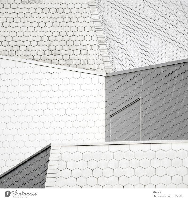 Verschachtelt Bauwerk Gebäude Architektur Dach weiß Dachziegel Wabe Wabenmuster eckig Farbfoto Außenaufnahme Muster Strukturen & Formen Menschenleer