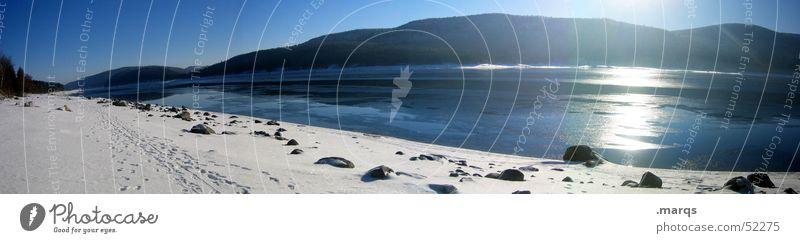 Schluchsee Wasser Himmel Sonne Winter ruhig Einsamkeit Ferne Wald Schnee Erholung Berge u. Gebirge Stein Wege & Pfade See groß Aussicht