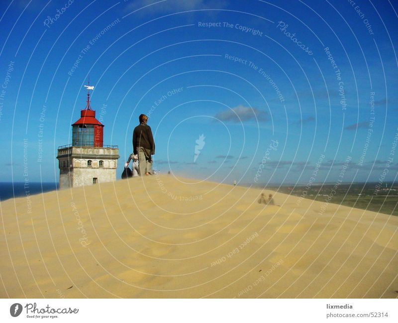 Dänische Wüste #2 Mensch Himmel Sand Wind Stranddüne Düne Leuchtturm Dänemark Sandverwehung Sandsturm Lønstrup Wanderdüne Rubjerg Knude