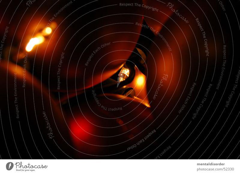 zwischen den Kugeln Weihnachten & Advent rot Lampe Stimmung Dekoration & Verzierung Kugel Schmuck Lichterkette Feste & Feiern