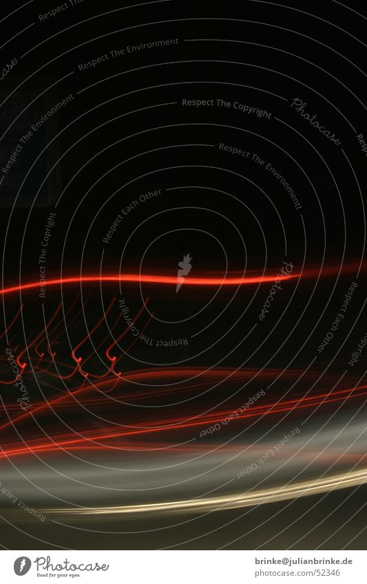 cruising I Licht weiß rot schwarz Autobahn Langzeitbelichtung Krefeld light night nacht white orange red black car julian brinke Meerschweinchen