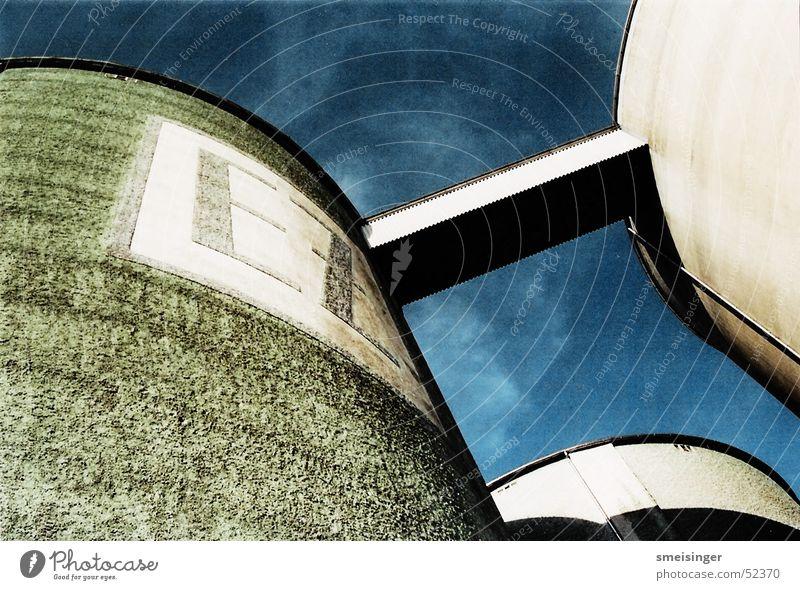 Silotürme Fabrik Himmel Stimmung Zuckerfabrik Industriefotografie alt sky factory Architektur
