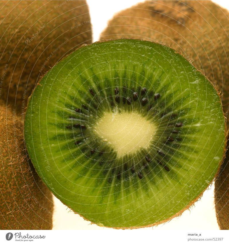 Kiwi grün schwarz Gesundheit lustig Frucht Wut Schalen & Schüsseln Kerne saftig Löffel Leuchttisch Vitamin C