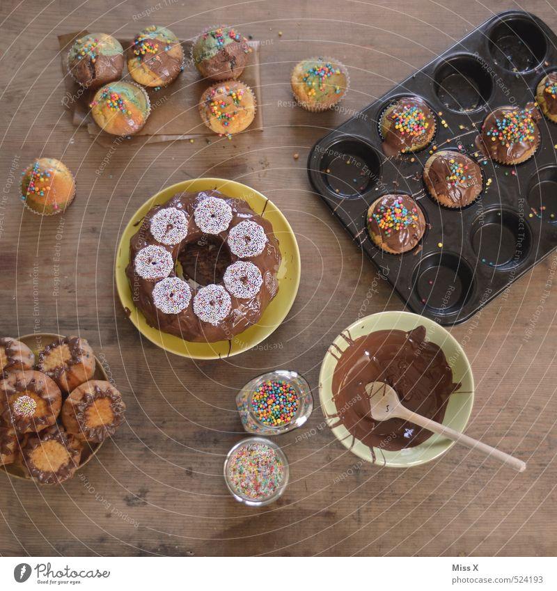 Backtag Lebensmittel Teigwaren Backwaren Kuchen Süßwaren Schokolade Ernährung Kaffeetrinken Festessen Feste & Feiern Geburtstag lecker süß Völlerei gefräßig