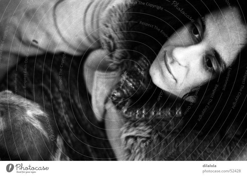 ella Porträt Frau Freundlichkeit woman alone Schwarzweißfoto b&w young nice lonelyness Einsamkeit schwarz und weiß bw einsamheit