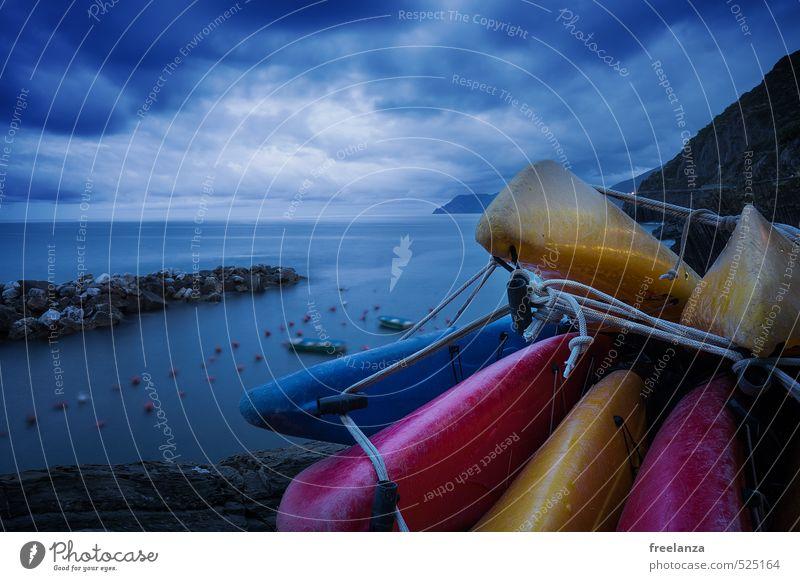 Kanu Himmel Natur Ferien & Urlaub & Reisen Wasser Sommer Meer Landschaft Wolken Bewegung Sport Küste Freiheit Schwimmen & Baden Stein Sand Horizont