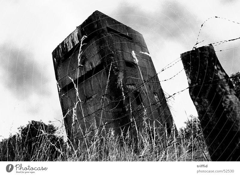 Schräglage alt Frankreich Bunker Normandie