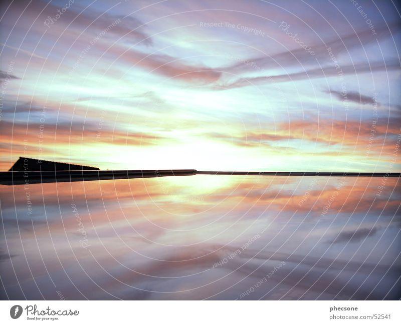 Reflection #2 Himmel Sonne Wolken Wärme Dach Physik Reflexion & Spiegelung