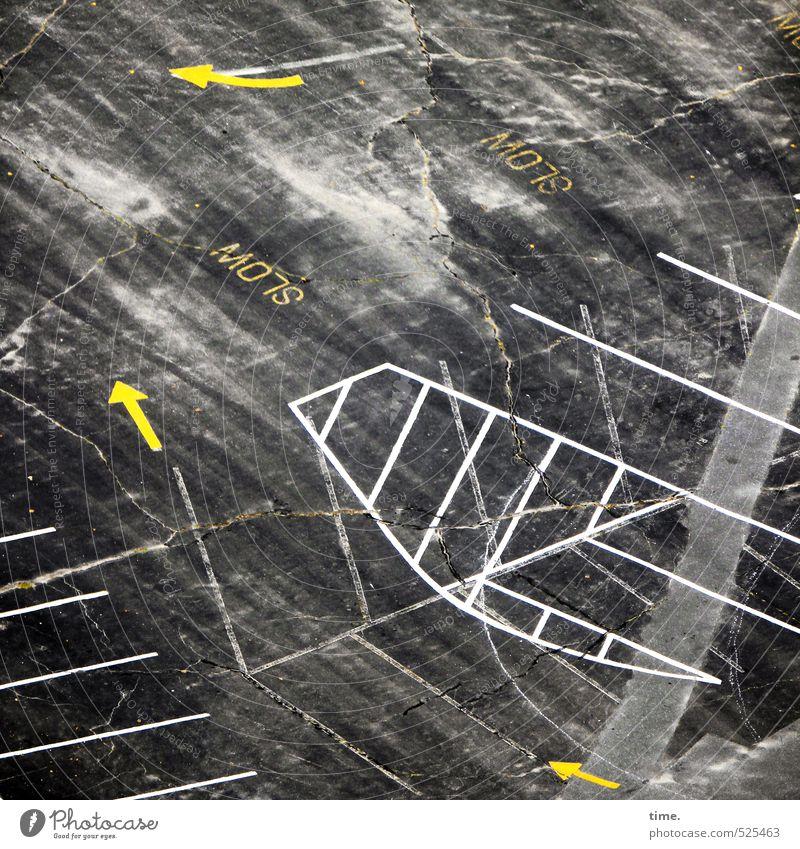 Tiefflieger Stadt Freude Wege & Pfade Linie Verkehr Schilder & Markierungen Design Ordnung Perspektive Beton Vergänglichkeit Streifen Zeichen Asphalt Risiko