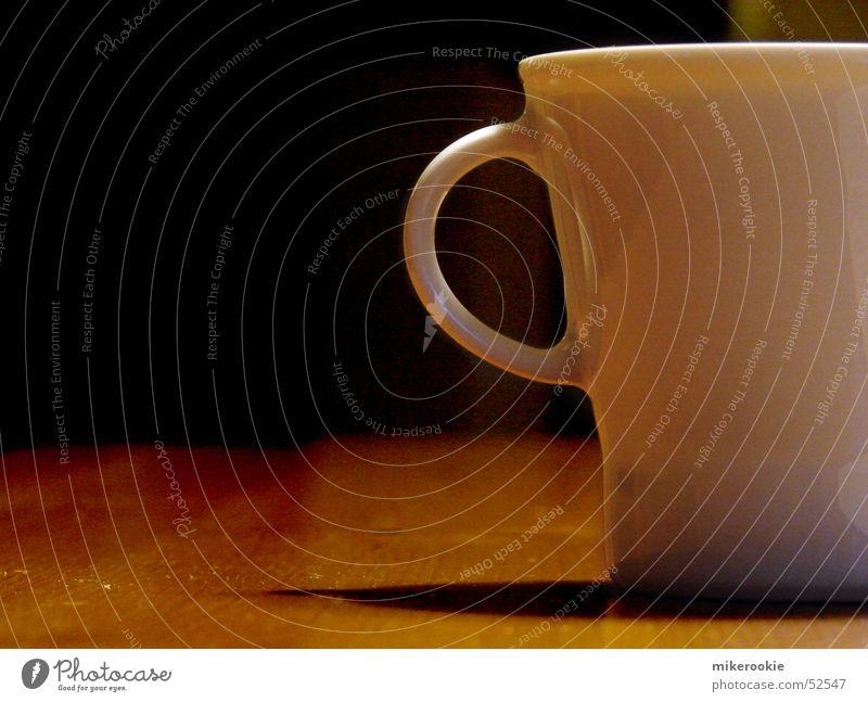 Tasse Suppe Eintopf Getränk Kaffee Tee Löffel Erholung ruhig Tisch Küche Holz heiß weiß Pause Holztisch Mahlzeit Haushalt Innenaufnahme Textfreiraum links