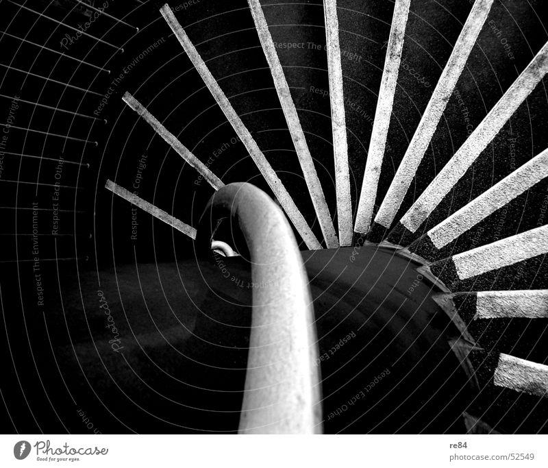 Der Abgang - unaufhaltbar dem Abgrund entgegen Keller grau schwarz weiß Zement Streifen Stahl Köln Säule Beton abwärts Treppe Geländer Brücke down abgang