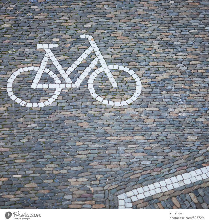 Rad aus der Steinzeit alt Stadt Straße Wege & Pfade grau Verkehr Fahrrad Schilder & Markierungen einfach Boden Zeichen fahren Fahrradfahren Fahrradtour