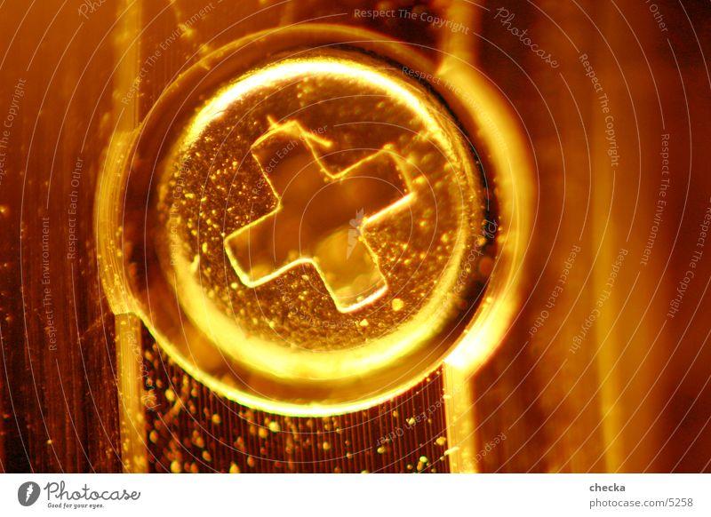 schräubchen #2 Schraube Maschine Miniatur klein Elektrisches Gerät Technik & Technologie Makroaufnahme