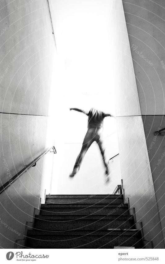ut ruhrgebiet | E=mxc² Mann Erwachsene 1 Mensch Mauer Wand Treppe Licht Flucht Teleportation Bewegung fallen fliegen springen leuchten außergewöhnlich