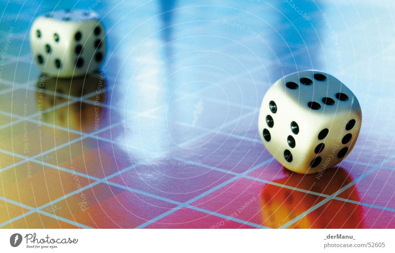 6 x 6 x 6 blau schön Auge gelb Farbe Spielen Glück Linie 2 Würfel rosa verrückt planen Perspektive 4 5