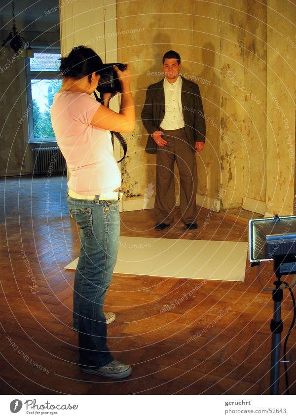 181 Hamburg Photo-Shooting Villa Baustrahler Fotograf Innenaufnahme Modekollektion Muster hinter den kullisen making of