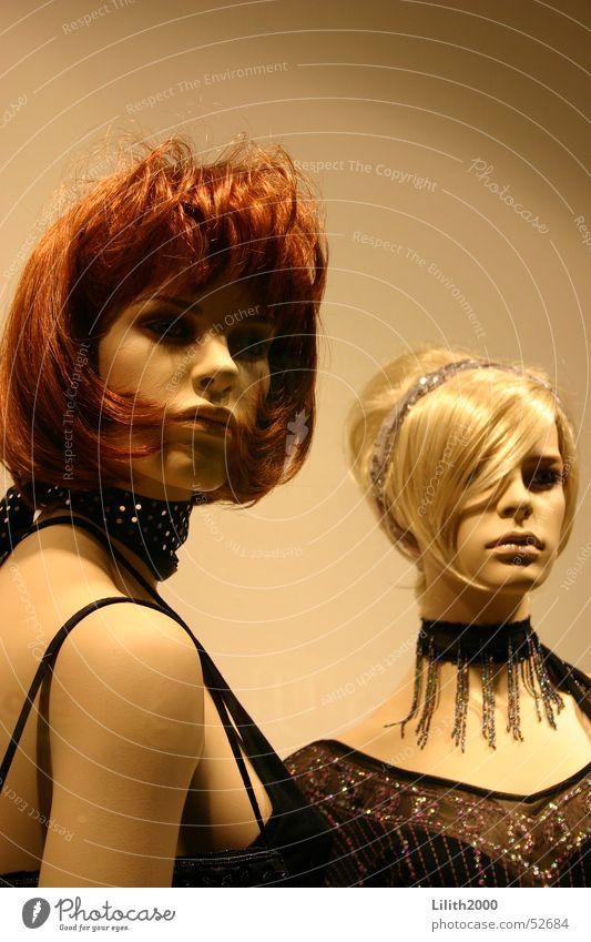 Für immer schön Schaufenster blond rothaarig Schaufensterpuppe Abendgarderobe Puppe Mensch Muster