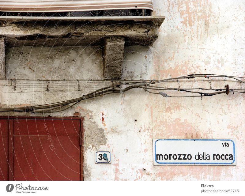via morozzo della rocca nr. 3x Haus Straße Gebäude Wohnung Tür Fassade Kabel Italien Tor verfallen Balkon 30 Putz Ziffern & Zahlen Gasse Hausnummer