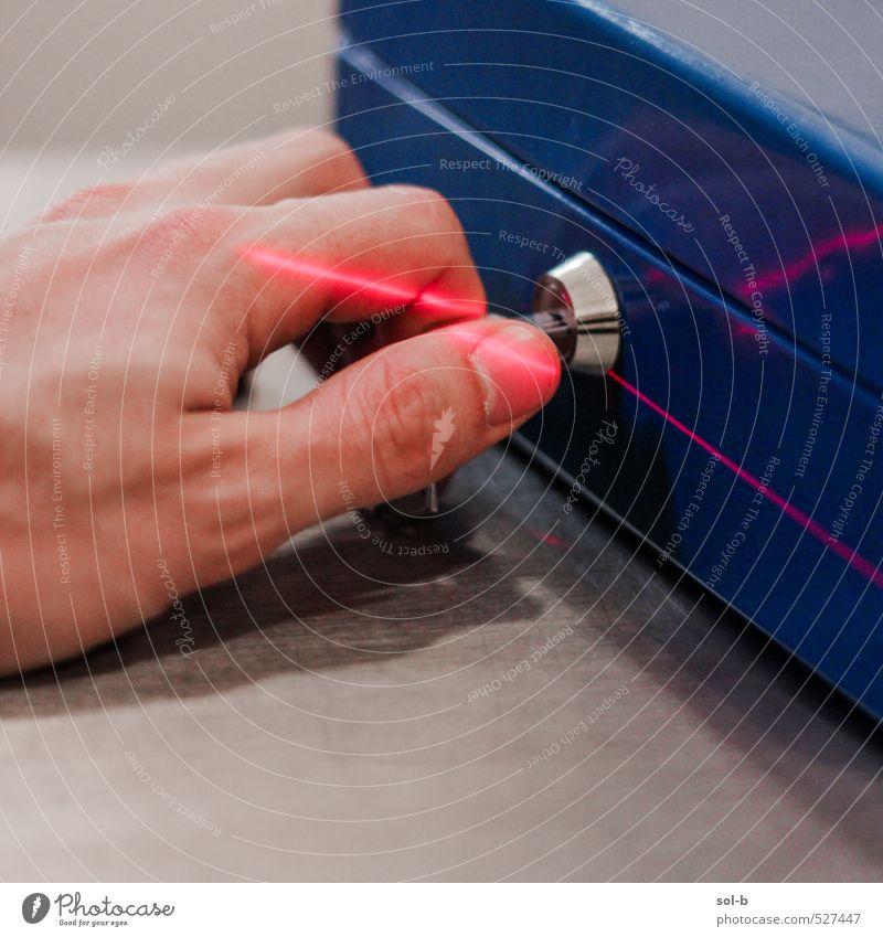 Geldkassette Reichtum sparen Arbeit & Erwerbstätigkeit Arbeitsplatz Dienstleistungsgewerbe Mittelstand Technik & Technologie Wissenschaften Hand Sammlung