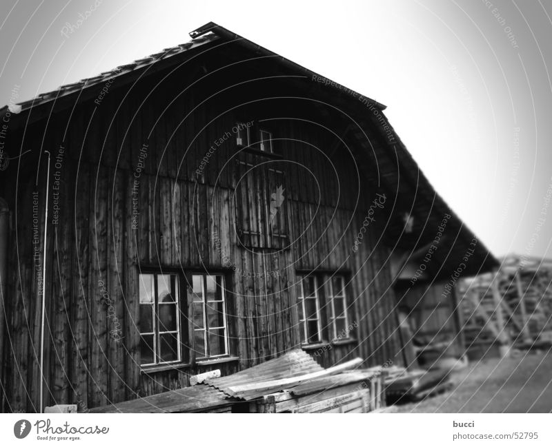 SW_2 Bauernhof Haus alt Armut