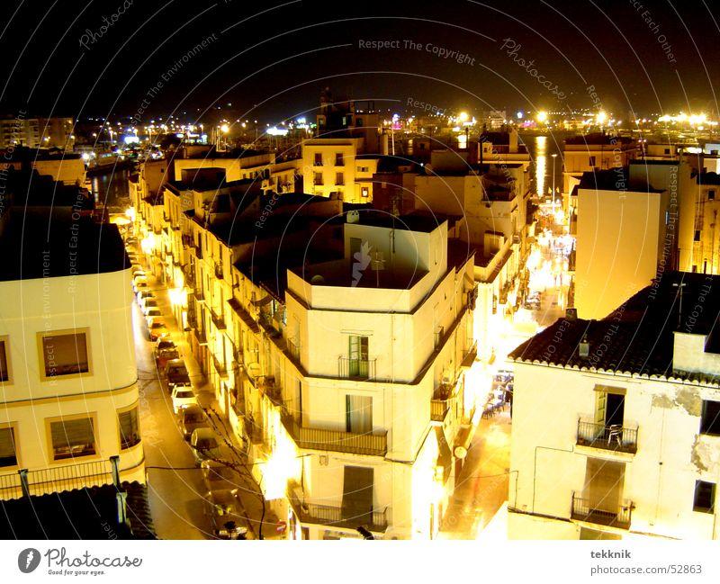 ibiza @ night Stadt Haus Straße dunkel Fenster Mischung Ibiza Lichtermeer