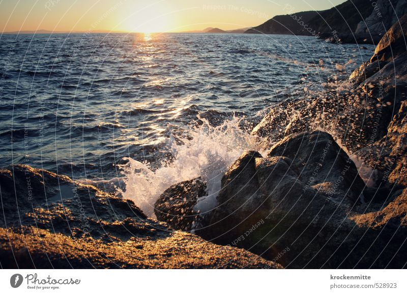 Marlon Brandung Umwelt Natur Urelemente Wasser Wassertropfen Himmel Wolkenloser Himmel Sonne Sonnenaufgang Sonnenuntergang Sonnenlicht Sommer Schönes Wetter
