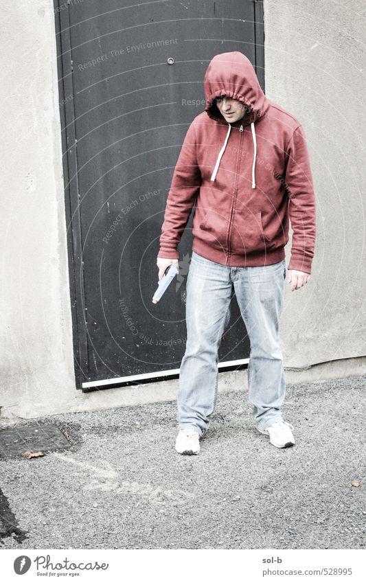 Mensch Jugendliche Mann Stadt Junger Mann 18-30 Jahre Erwachsene dunkel Wand Mauer Denken Angst maskulin Armut bedrohlich Wut