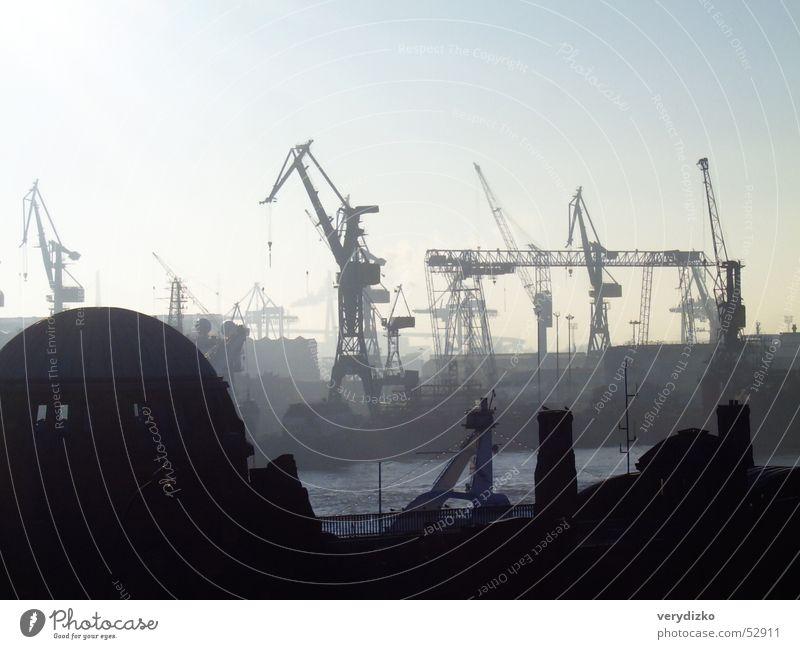 Landungsbrücken 2 Anlegestelle Kran Meer Fabrik Dock Hamburg Industriefotografie Hafen Wasser Nordsee blohm Elbe Schiffswerft