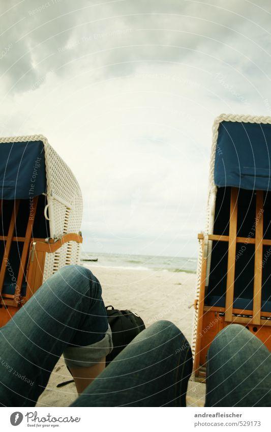 Ostsee. Mensch Natur Jugendliche Ferien & Urlaub & Reisen Wasser Sommer Meer Erholung ruhig Wolken Freude 18-30 Jahre Strand Erwachsene Umwelt Herbst