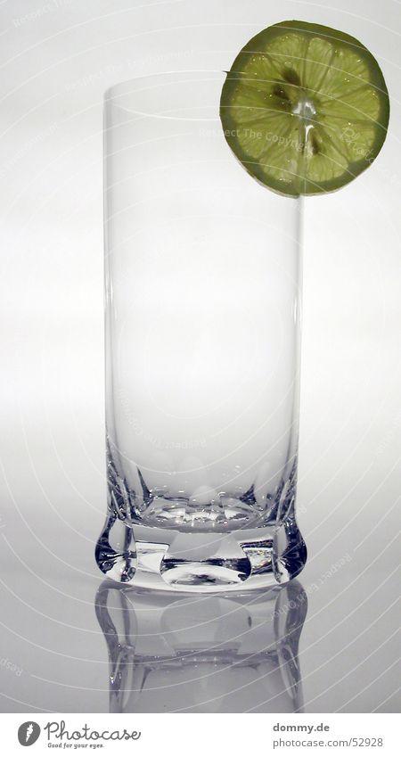 Zitronenglas I weiß grün blau gelb grau Fuß Glas Frucht leer rund stehen Wut Kerne Gefäße Zitrone