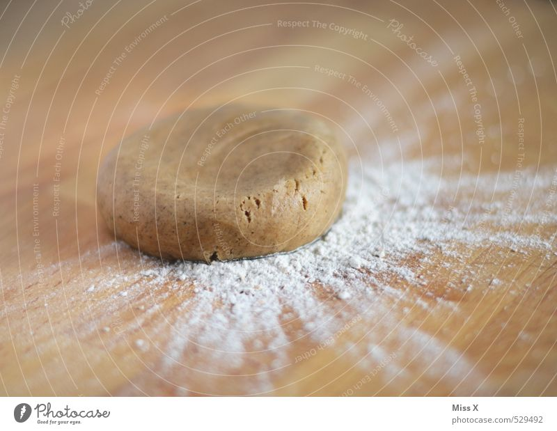 Teig Lebensmittel Teigwaren Backwaren Brot Brötchen Kuchen Ernährung frisch Gesundheit lecker süß braun Lebkuchen Plätzchen Mehl Holztisch Nudelteig Kuchenteig