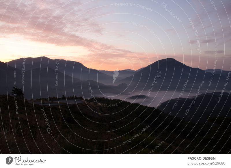 Auf Napoléon´s Spuren Himmel Natur Ferien & Urlaub & Reisen Sommer Landschaft ruhig Ferne Umwelt Berge u. Gebirge Freiheit Glück Stimmung Wetter Nebel