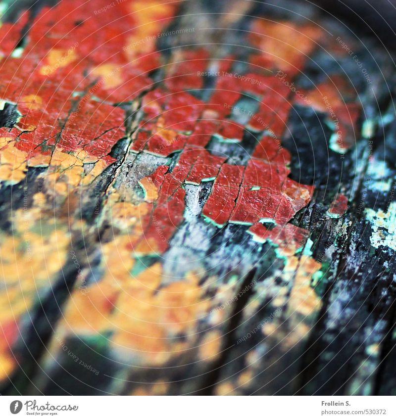 Lack ab Schifffahrt maritim Schiffswrack Schiffsplanken Farbstoff Bootslack Maserung Furche Holz gelb rot schwarz Ewigkeit Farbe Nostalgie Präzision Verfall